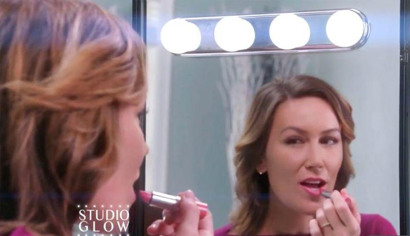 купить Studio Glow (Studio Glow) - лампа для макияжа