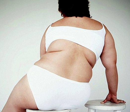 откладывается жир