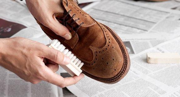грязная обувь против АкваБрони